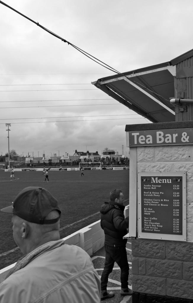 2014-14 Ebbsfleet away 0 (3)