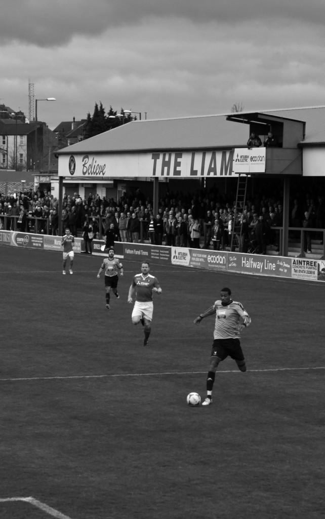 2014-14 Ebbsfleet away 0 (7)